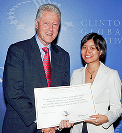 geng2_Clinton-Photo_small